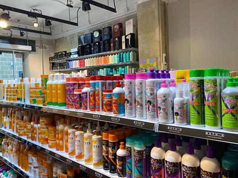 BETH'S Tienda de productos de peluquería para el cabello en Calle Calvet 2, cerca de Plaza Francesc Macià